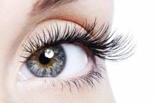 """แพทย์ด้านความงาม แนะวิธีเผยเสน่ห์รอบดวงตาให้สวยปิ๊ง ด้วยเทคนิคใหม่ """"Dermo Touch Eye Filler"""""""