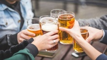 เลิกซะ! งานวิจัยเผย แอลกอฮอล์มีส่วนเชื่อมโยงกับโรคมะเร็งโดยตรงถึง 7 ชนิด