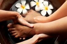 การแช่เท้าด้วยยาจีนช่วย แก้ปวดประจำเดือน