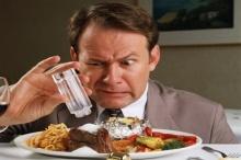 8 อาหารที่มีโซเดียมสูงปรี๊ด รู้ไว้ก่อนไตพัง