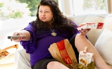 นั่งหน้าจอ รอโรคอ้วน