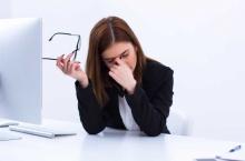 3 อาหารกินสยบ โรคดวงตา ผู้หญิงทำงาน
